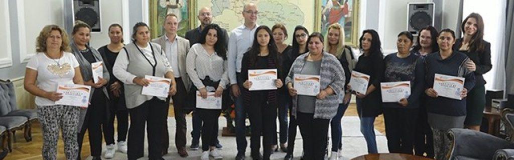 Dodeljeni sertifikati u okviru projekta ,,Održivo zapošljavanje Roma na teritoriji Grada Požarevca''